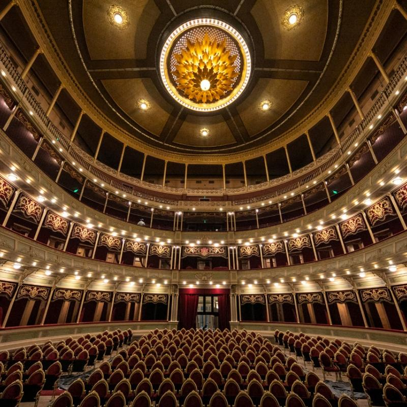 Historic Theatre Automation in Córdoba, Argentina